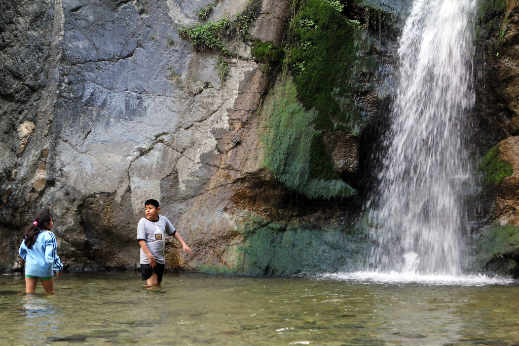 Eaton Canyon Teen Deaths Highlight Dangers Of Hiking Off Trail - California waterfalls map