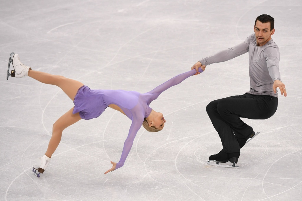 Alexa Scimeca-Knierim and Chris Knierim compete in the pair skating free skating of the figure skating event during the Pyeongchang 2018 Winter Olympic Games on February 15, 2018.