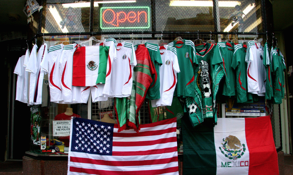 Mexico Vs Usa Soccer Rose Bowl Game Sold Out Who Are You Rooting