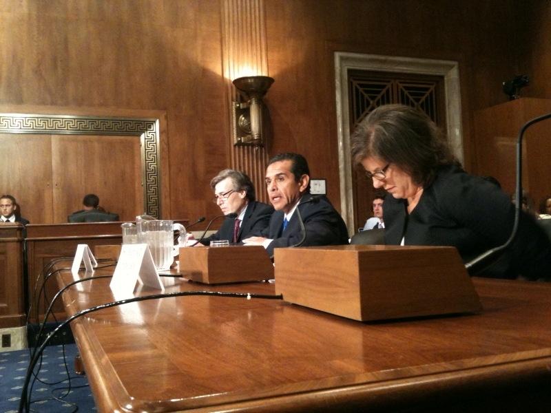 L.A. Mayor Antonio Villaraigosa testifies before Senate committee