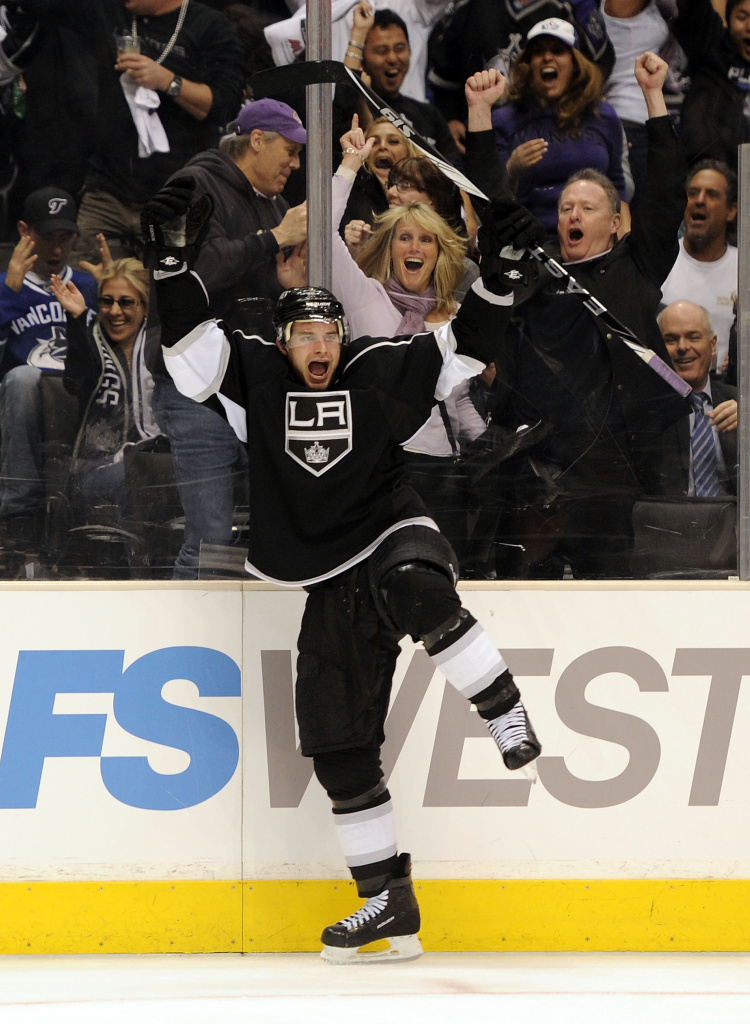 Brad Richardson #15 of the Los Angeles Kings celebrates his goal against the Vancouver Canucks.
