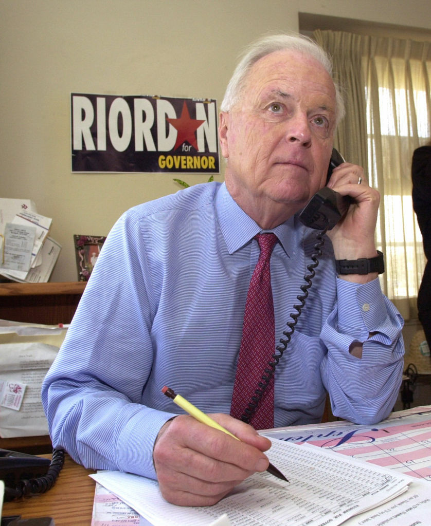 Republican gubernatorial hopeful and former mayor of Los Angeles Richard Riordan calls electors from an office in Burbank, Calif., Tuesday, March 5, 2002.