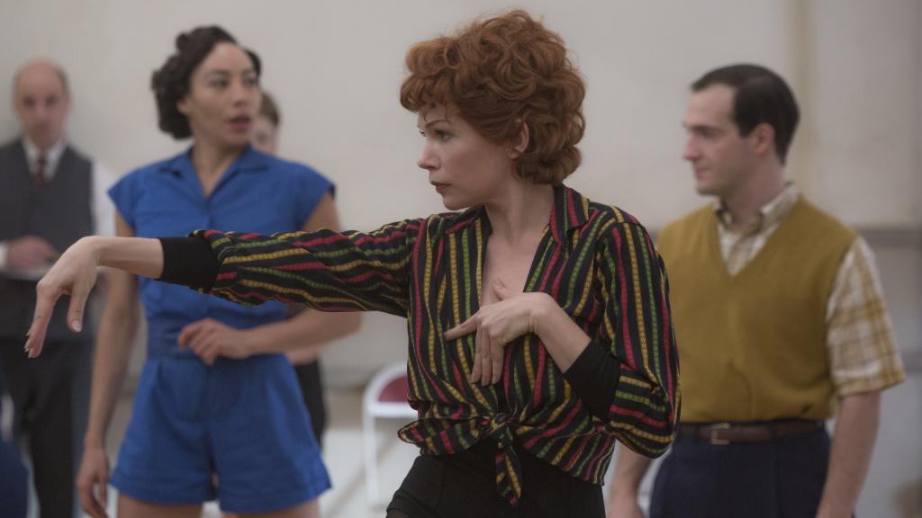 Michelle Williams gives it her all as Gwen Verdon in <em>Fosse/Verdon</em>.