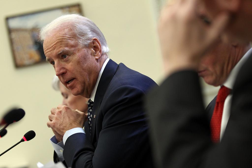 Patt Morrison | Chains: Vice President Biden's loaded word ...