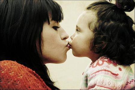 Teen girlfriend kissing public amateur