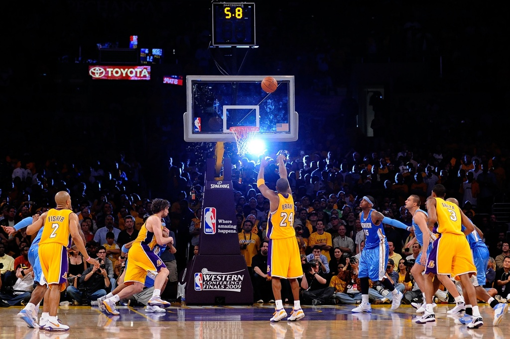 Kobe Bryant #24 of the Los Angeles Lakers shoots a free throw with 5.8 seconds left in the fourth quarter against the Denver Nuggets in Game One of the Western Conference Finals during the 2009 NBA Playoffs at Staples Center on May 19, 2009 in Los Angeles, California.
