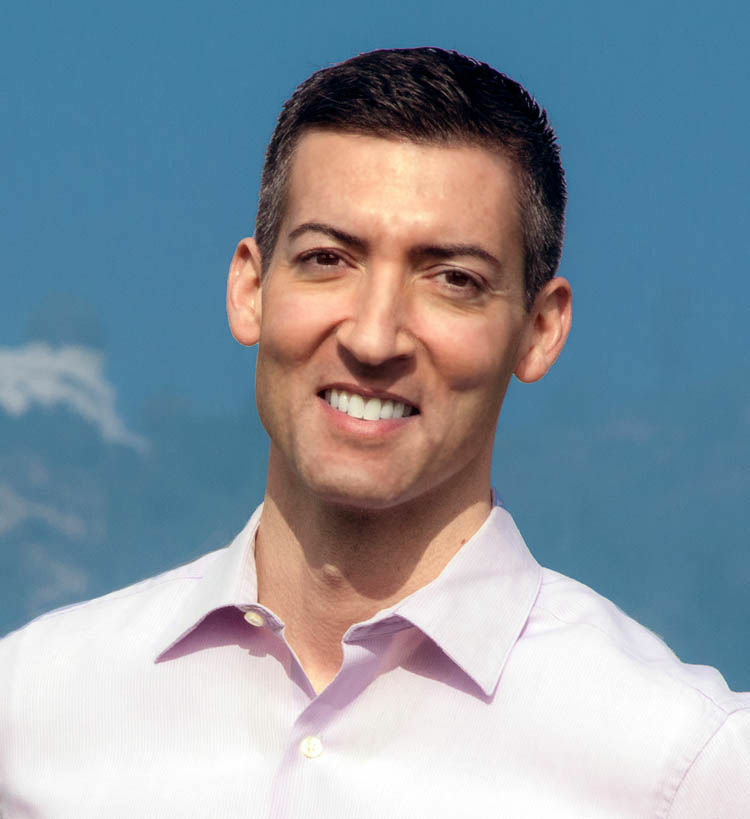 Former Deputy Mayor Matt Szabo was endorsed Wednesday by Mayor Antonio Villaraigosa. Szabo is one of a dozen candidates running for a city council seat in the Hollywood area.