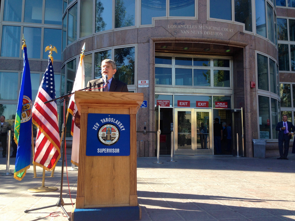 Supervisor Zev Yaroslavsky announces a new program aimed at diverting chronically homeless, mentally ill offenders from the criminal justice system