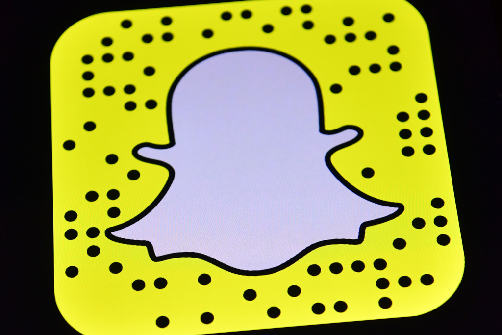 Snapchat shares plummet as company posts $2.2 billion loss