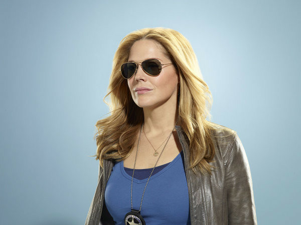"Mary McCormack as stars as Mary Shannon in USA's ""In Plain Sight"" which will be featured at the Paley Center tomorrow night. - Photo by: Robert Ascroft/USA Network"