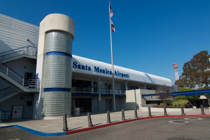 A plane flies into Santa Monica Airport. Santa Monica city council voted Thursday to shutter the airport for good in 2018.