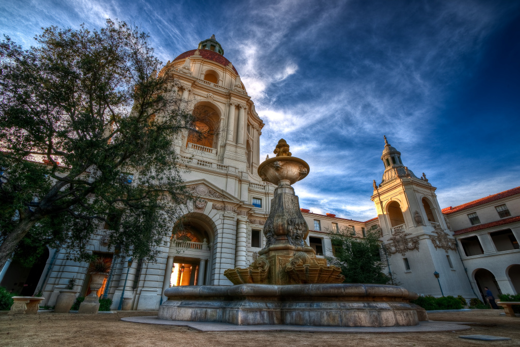 File: Pasadena City Hall