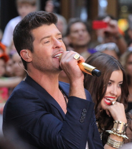 "Robin Thicke Performs Live On NBC ""Today"""