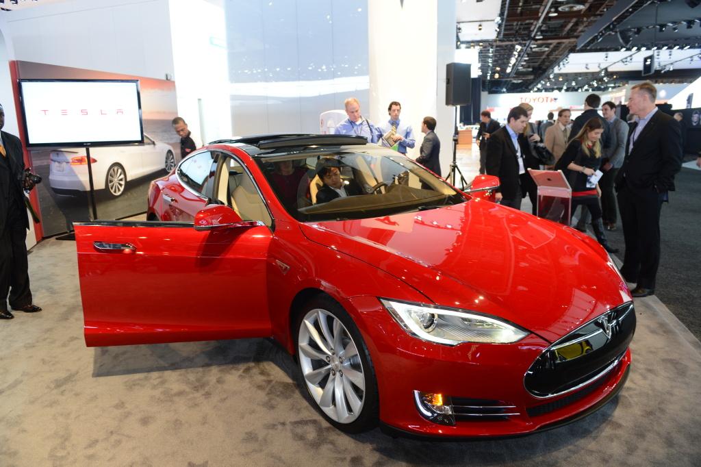 Airtalk Bill Seeks To Limit Electric Vehicle Rebates Low Income Californians 89 3 Kpcc