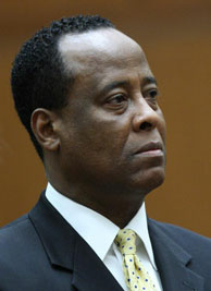 File picture dated April 5, 2010 shows Dr. Conrad Murray in court at his hearing on involuntary manslaughter charges in the 2009 death of pop star Michael Jackson in Los Angeles Superior Court in downtown Los Angeles. Murray has pleaded not guilty to the charge.