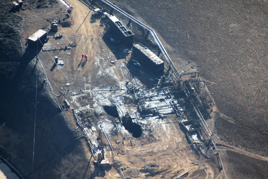 An aerial view of the leaking Aliso Canyon well pad near Porter Ranch on Dec. 17, 2015.