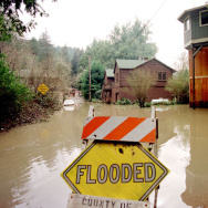 flooded flood sign el Niño