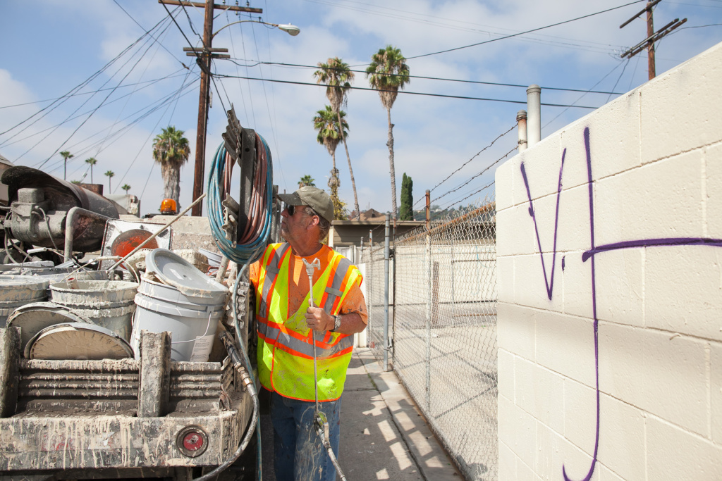 LA scrubs away 30 million square feet of graffiti each year