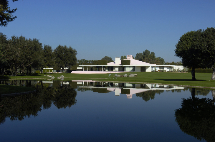 A view to the estate house across one of the lakes on the golf course.