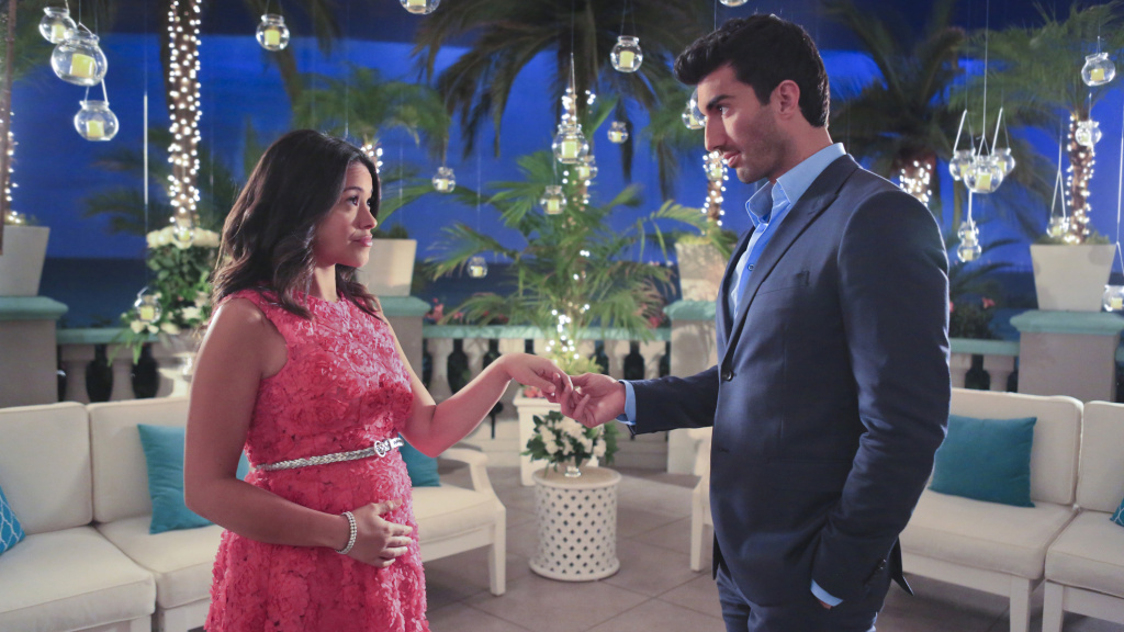 Gina Rodriguez stars alongside Justin Baldoni in The CW's <em>Jane the Virgin</em>.