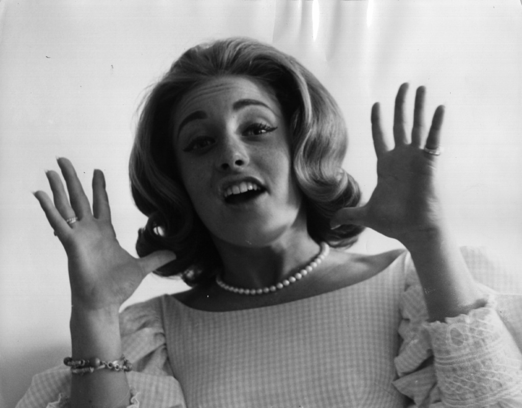 Lesley Gore on tour in 1964. The singer-songwriter died of cancer at New York-Presbyterian Hospital in Manhattan, according to her partner of 33 years, Lois Sasson.