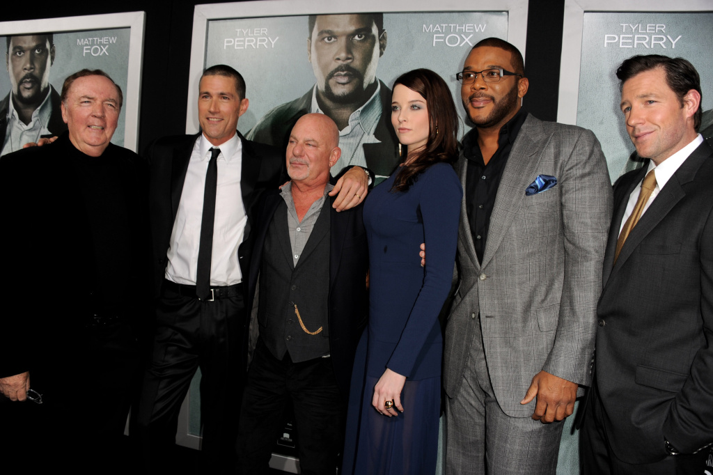 LOS ANGELES, CA - OCTOBER 15:  Writer/producer James Patterson, actor Matthew Fox, director Rob Cohen, actors Rachel Nichols, Tyler Perry and Edward Burns pose at the premiere of Summit Entertainment's