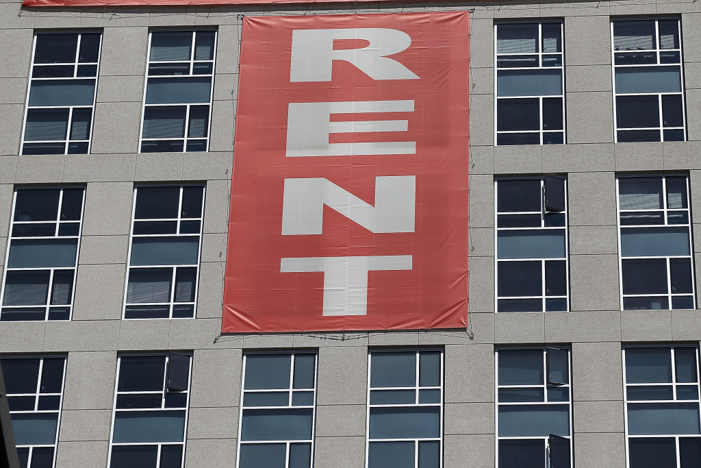 minimum wage hike could increase la rents economists say 87880