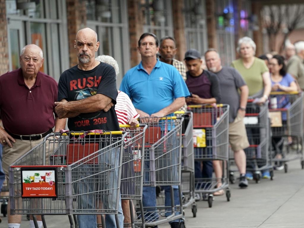 In response to the COVID-19 outbreak, some neighbors are creating networks of volunteers who will do shopping and errands for those who are most vulnerable.