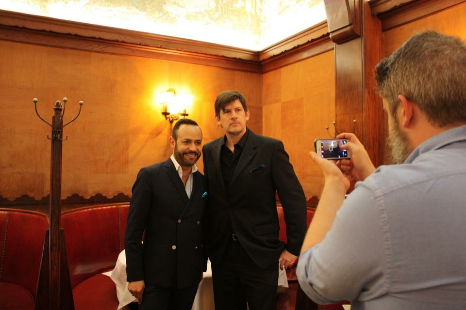 John Rabe with Designer Nick Verreos, red carpet commentator with the Fashion Institute of Design & Merchandising.