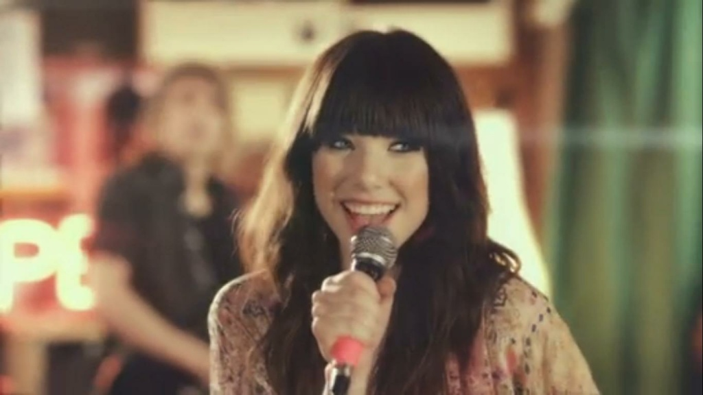 A screen shot of Carly Rae Jepsen in the music video of her hit song