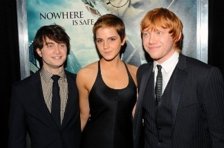 Actors Daniel Radcliffe; Emma Watson and Rupert Grint attend the premiere of 'Harry Potter and the Deathly Hallows - Part 1' on November 15, 2010 in New York City.