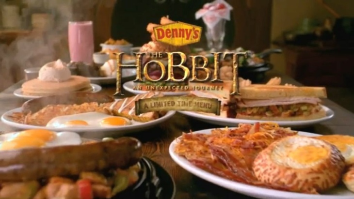 Still from Denny's commercial for their Hobbit-inspired menu.