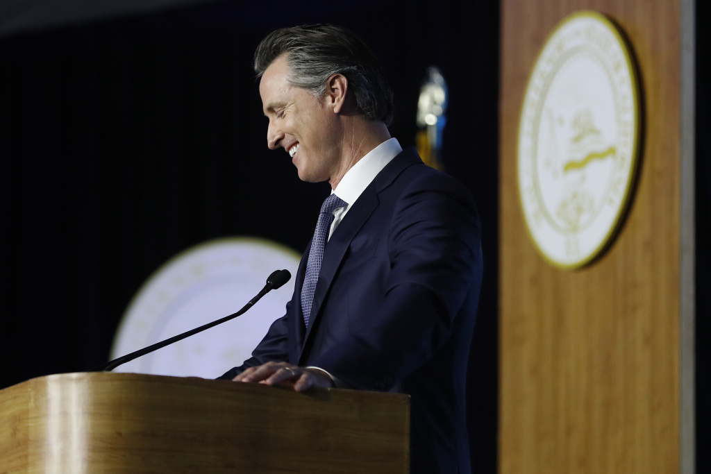 Governor Gavin Newsom delivers his inaugural address after being sworn in as the 40th governor of California on January 7, 2019 in Sacramento, California.
