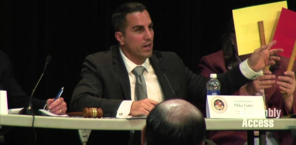 Assemblyman Mike Gatto's (D-Glendale) Utilities and Commerce Committee questioning Southern California Gas Company and the California Public Utilities Commission over the Aliso Canyon gas leak.  The hearing will feature witness testimony and public comment.
