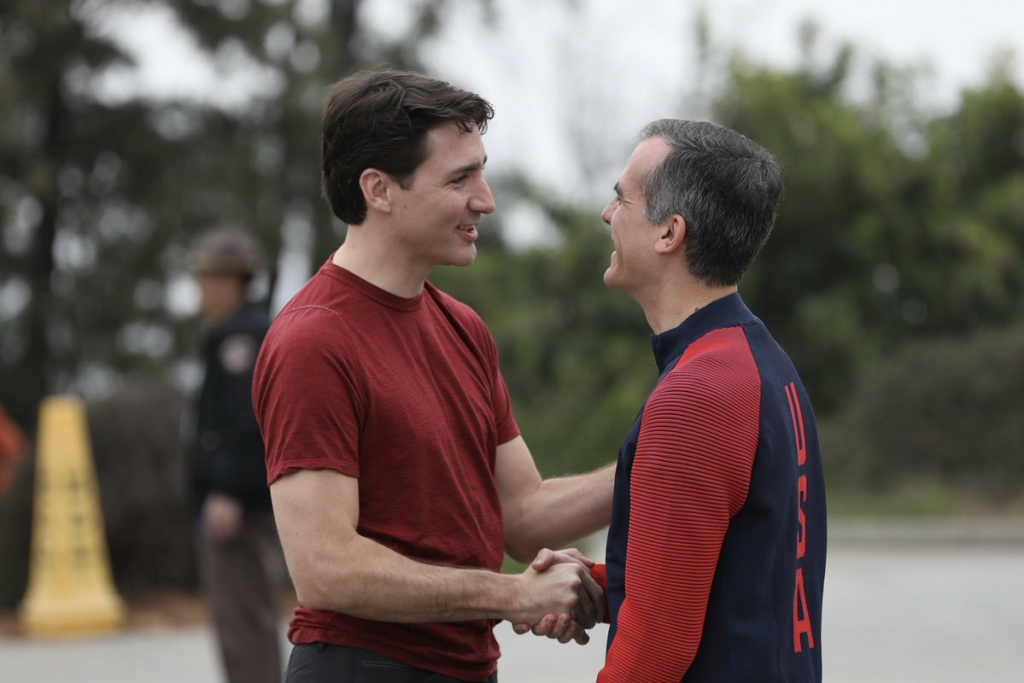 Canadian prime minister Justin Trudeau and Los Angeles mayor Eric Garcetti take a hike through Griffith Park on the morning of Saturday, February 10, 2018.