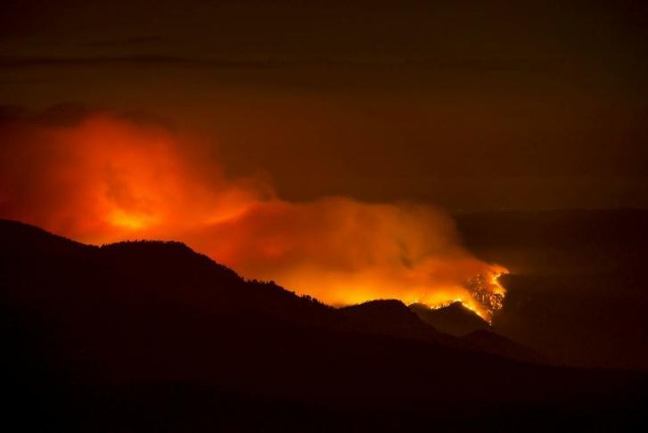 El Portal Fire smoke plume on July 30, 2014.