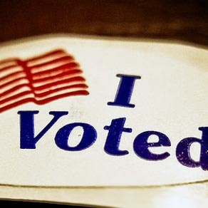 Some 220,000 new and renewing voters registered online in the two weeks that the system's been available in California.