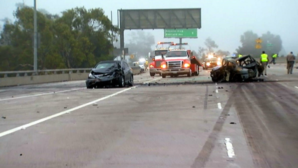 3 killed in I-10, I-405 freeway crashes | 89 3 KPCC