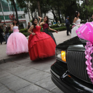 Mexicans Await Presidential Elections