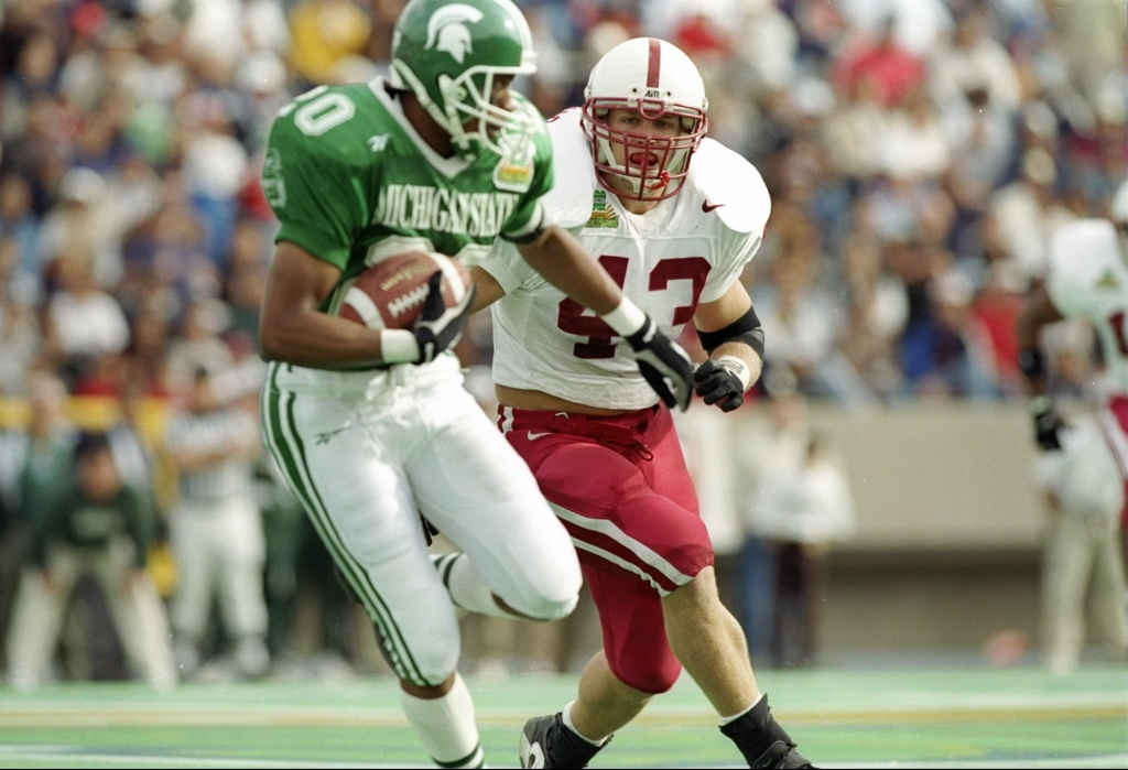 Defensive linebacker Jon Haskins of the Stanford Cardinal in action during the Norwest Sun Bowl game against the Michigan State Spartans at the Sun Bowl in El Paso, Texas on Dec. 31, 1996. Stanford won the game 38-0.