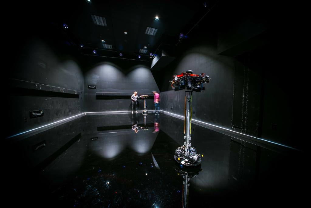 Frictionless floor in Caltech's Space Robotics Lab