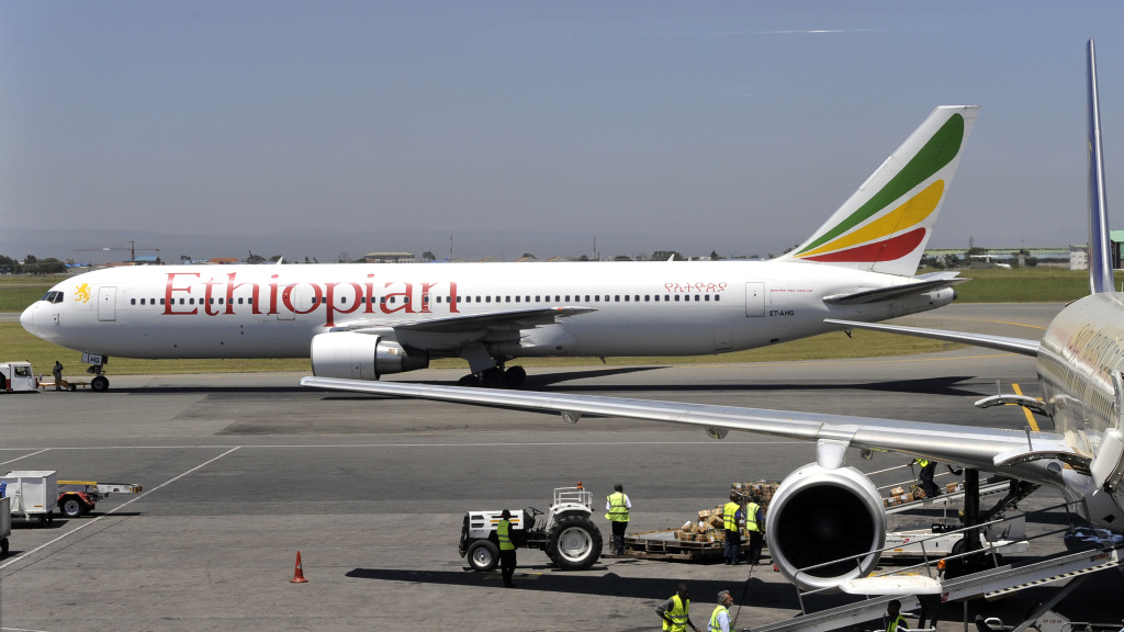 An Ethiopian Boeing 737 flight leaves the hangar in Nairobi on January 26, 2010.